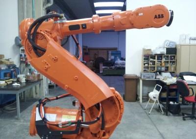 Messa a norma di un Robot di puntatura – Camas Srl (LT)